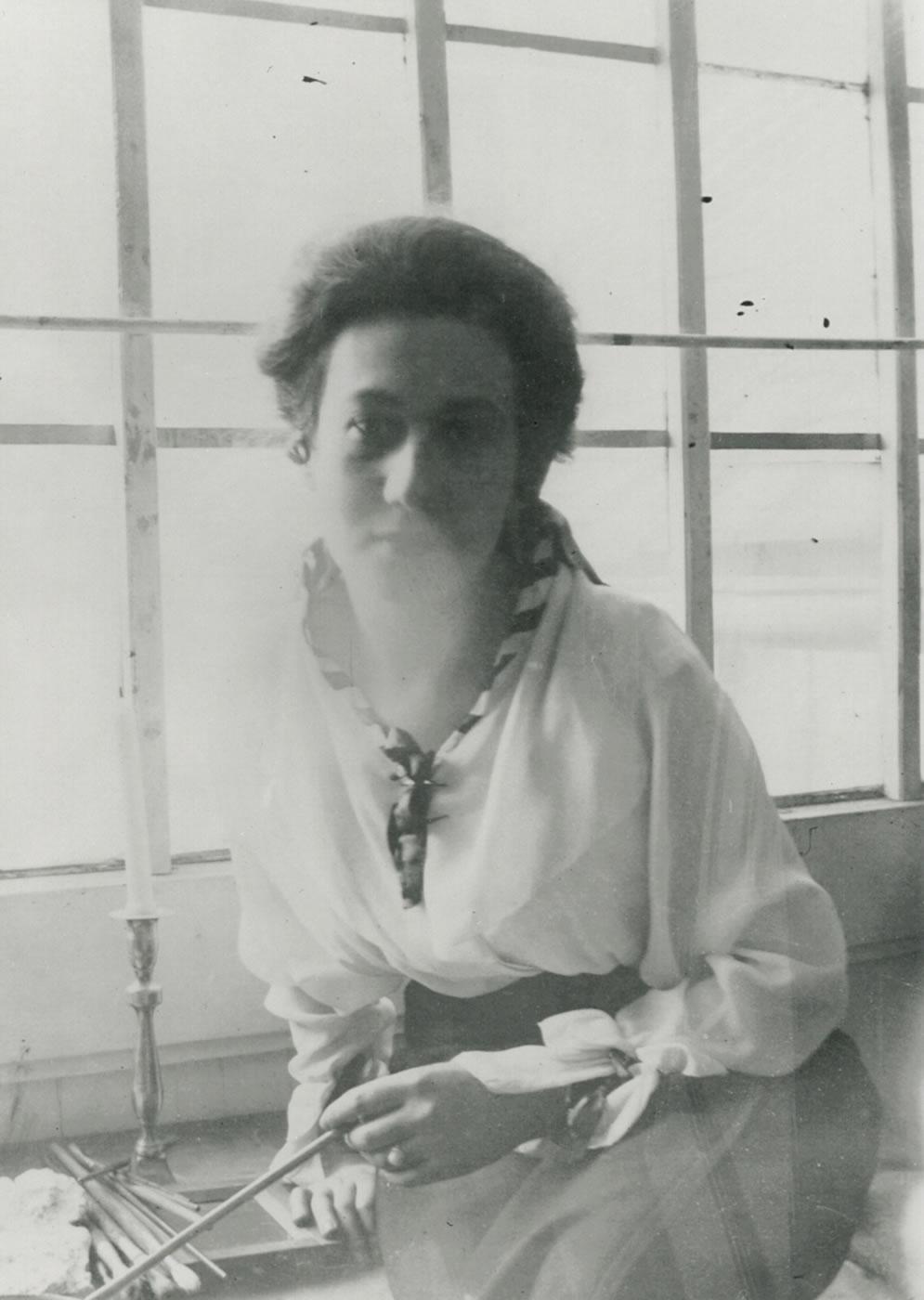 Emmy Esther Scheyer, Brüssel, circa 1915, Norton Simon Museum, The Blue Four Galka Scheyer Collection Archives, Pasadena, California