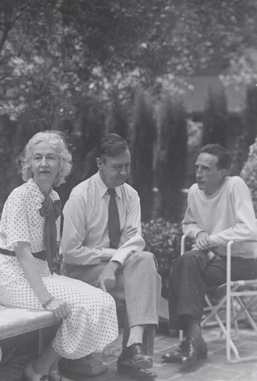 Louise Arensberg, Walter Arensberg, Marcel Duchamp, Hollywood, 1936, Arensberg Archives, Philadelphia Museum of Art, Library and Archives